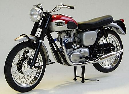 motorradmodell triumph tr6 thunderbird 1961 best nr mm1374 oldtimer markt shop. Black Bedroom Furniture Sets. Home Design Ideas